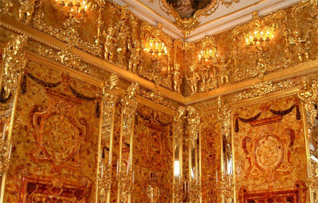 Amber room in St Petersburg