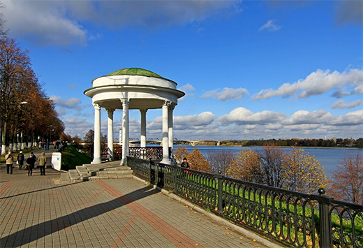 Yaroslavl. The embankment of Volga river