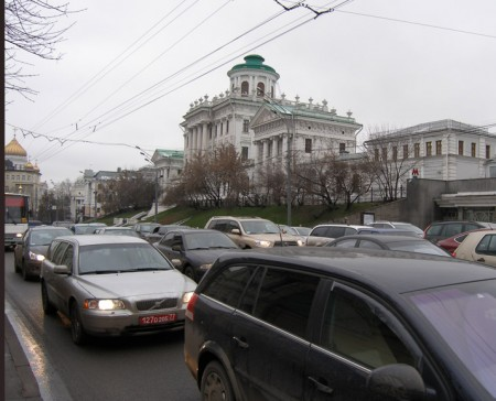 Pashkov house. Moscow traffic, 2009